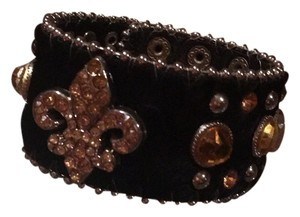 Briella GORGEOUS BLACK CALF HAIR AND LEATHER WRIST BAND EMBELLISHED WITH COPPER COLOR AUSTRIALIAN CRYSTALS