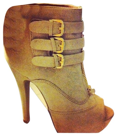 Bakers Tan Boots
