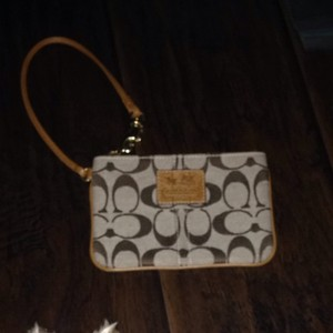Coach Carriage Signature Wallet Wristlet