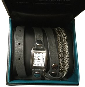 La Mer Wrap Chain Watch
