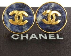 Chanel Authentic CHANEL Vintage CC Logos Button Earrings 0.9