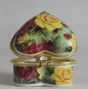 Hand Painted Floral Heart Porcelain Ring Box Free Shipping