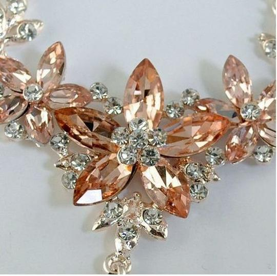 Other Simulated Morganite Flower Necklace