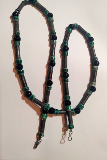 Other Green and Black Handmade Hand Painted Ceramic Beaded Necklace A073