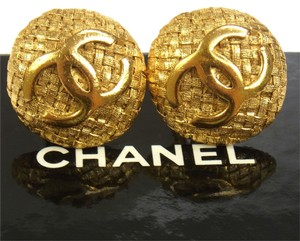 Chanel Authentic CHANEL Vintage CC Logos Button Earrings 1.0