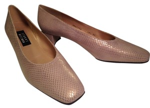 Stuart Weitzman Classic Shimmery Reptile Pattern Leather Gold Pumps