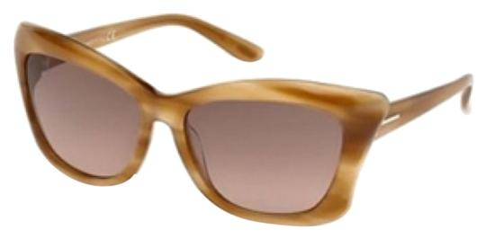 Preload https://img-static.tradesy.com/item/10464721/tom-ford-sunglasses-0-1-540-540.jpg