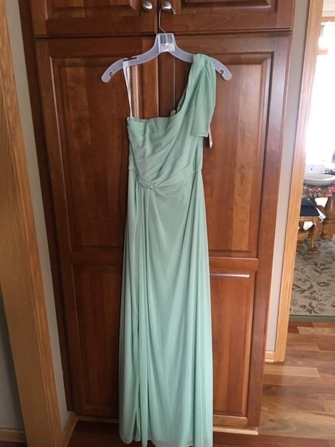 Item - Meadow Green Polyester F15519 Formal Bridesmaid/Mob Dress Size 4 (S)