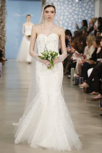 Oscar De La Renta Alexa 55e05 Wedding Dress