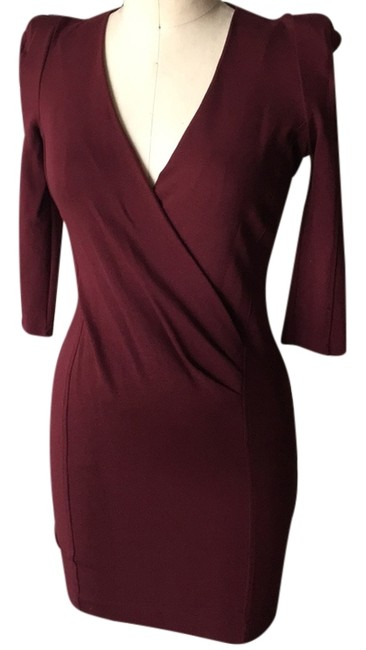 Preload https://item5.tradesy.com/images/french-connection-burgundy-deep-v-bodycon-short-night-out-dress-size-8-m-10470529-0-1.jpg?width=400&height=650