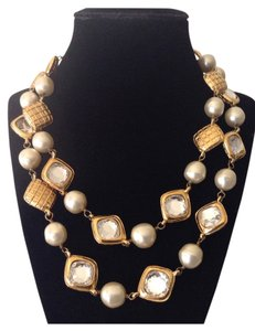 Chanel Sale ! RARE VINTAGE CHANEL GOLD PLATED CRYSTAL PEARL NECKLACE