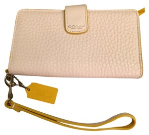 Coach Coach Iphone 5/5s/5C Wristlet