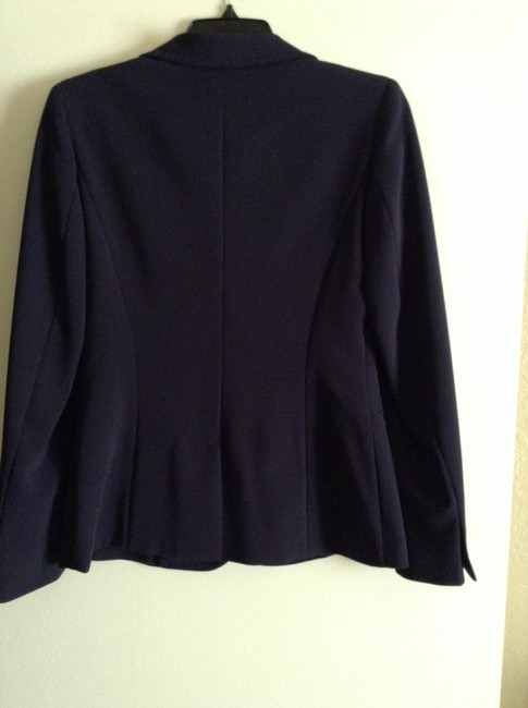 Max Mara New And Unworn Without Tag Tailored Style Length From Shoulder To Hem: 24.5
