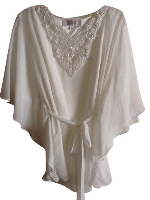 Badgley Mischka New Without Tag Fully Lined Bat-winged Style With Wrap Around Belt Intrecate Beading Material: Polyester Length To Hem: Top White