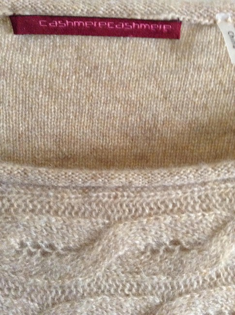 """Cashmere Cashmere New And Unworn With Tag Attached Length From Shoulder To Hem: 27.75"""" Width Across Chest: 20.5"""" Sweater"""