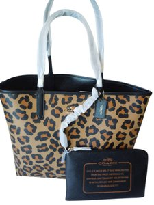Coach Reversible Pouch Animal Print Tote in black