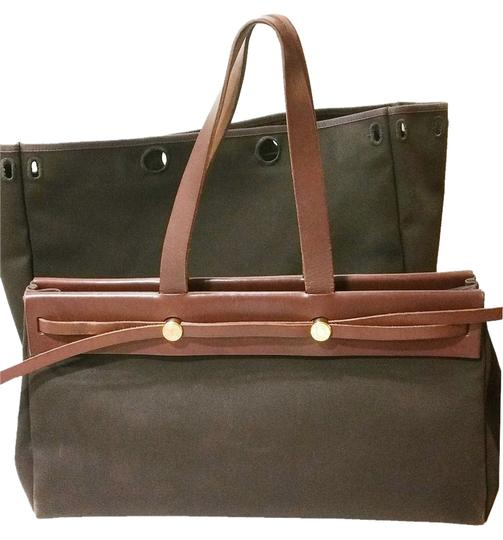 Preload https://item1.tradesy.com/images/hermes-herbag-large-2-in-tote-brown-leather-canvas-shoulder-bag-10477615-0-1.jpg?width=440&height=440