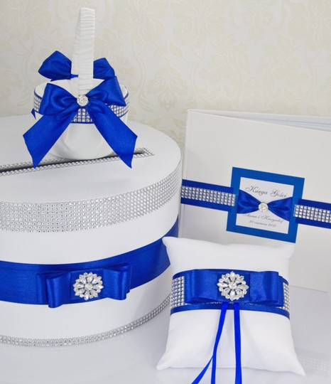 Preload https://img-static.tradesy.com/item/10478437/white-and-blue-set-card-box-ring-pillow-guest-book-basket-girl-navy-ceremony-decoration-0-0-540-540.jpg