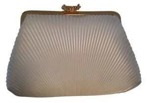 La Regale Vintage Gold Hardware off-white Clutch