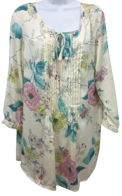 Preload https://item5.tradesy.com/images/long-sleeves-printed-slip-on-xl-blouse-size-16-xl-plus-0x-10485709-0-1.jpg?width=400&height=650