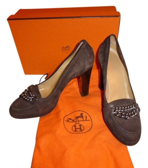 Preload https://img-static.tradesy.com/item/10485847/hermes-brown-suede-385-italy-pumps-size-us-8-0-1-540-540.jpg