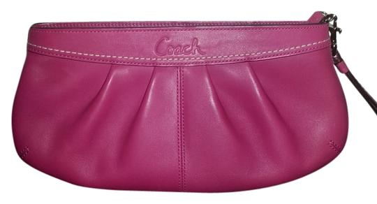 Preload https://item4.tradesy.com/images/coach-f13734-pink-leather-clutch-10487158-0-1.jpg?width=440&height=440