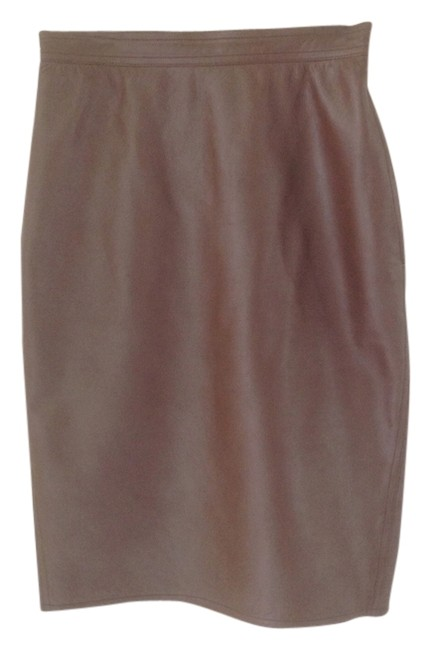 Preload https://item1.tradesy.com/images/emanuel-ungaro-chocolate-soft-leather-pencil-knee-length-skirt-size-6-s-28-1049025-0-0.jpg?width=400&height=650