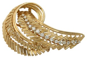 Cartier Vinatge Cartier Leaf Style Yellow Gold and Diamond Brooch