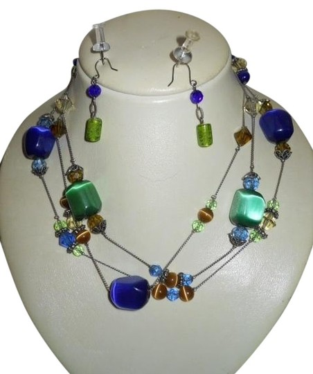 Preload https://item1.tradesy.com/images/chico-s-glass-beaded-earrings-necklace-1049165-0-0.jpg?width=440&height=440