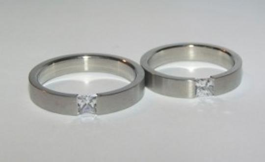 Silver Bogo Free 2pc His Hers Bands Free Shipping Jewelry Set
