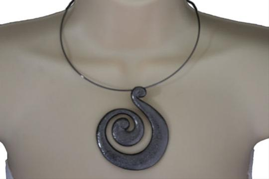Preload https://item4.tradesy.com/images/women-pewter-black-choker-necklace-thin-metal-snail-spin-swirl-fashion-jewelry-10492033-0-0.jpg?width=440&height=440
