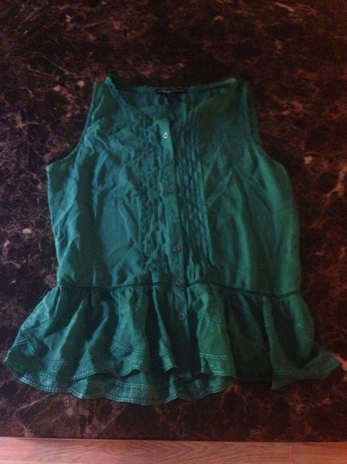 Preload https://item2.tradesy.com/images/emerald-blouse-size-8-m-1049226-0-0.jpg?width=400&height=650