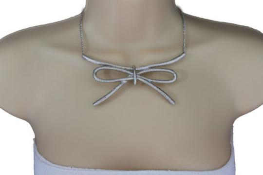 Preload https://item5.tradesy.com/images/silver-women-metal-chain-knot-bow-tie-charm-necklace-10494274-0-0.jpg?width=440&height=440