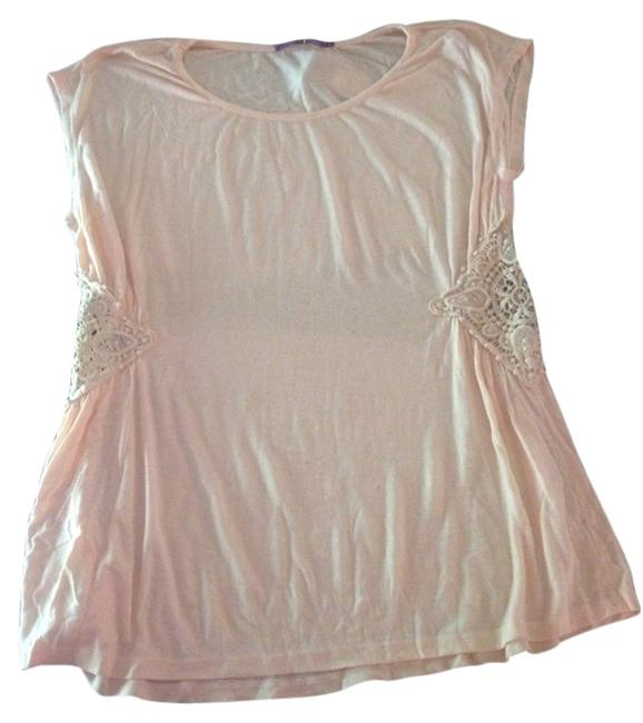 Preload https://item1.tradesy.com/images/casual-freedom-peach-blouse-size-12-l-1049545-0-0.jpg?width=400&height=650