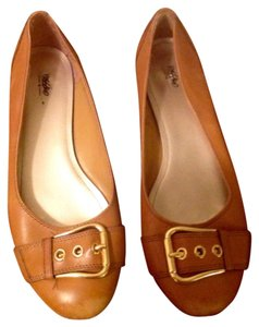 Mossimo Supply Co. Buckle Gold Tone Tan Flats