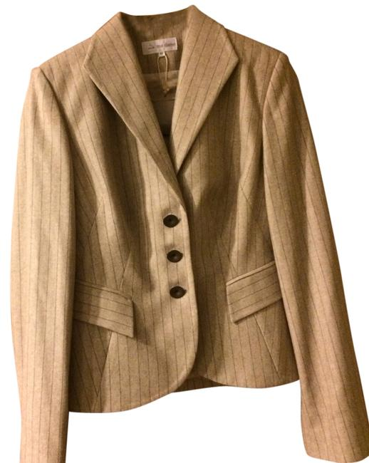 Preload https://item1.tradesy.com/images/beige-with-brown-stripes-blazer-size-8-m-10496920-0-1.jpg?width=400&height=650