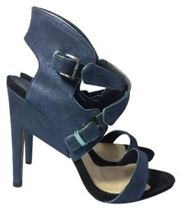 Nicholas Kirkwood Navy Blue Pumps