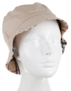 Burberry Tan, black, beige Burberry Nova check reversible cotton bucket hat New