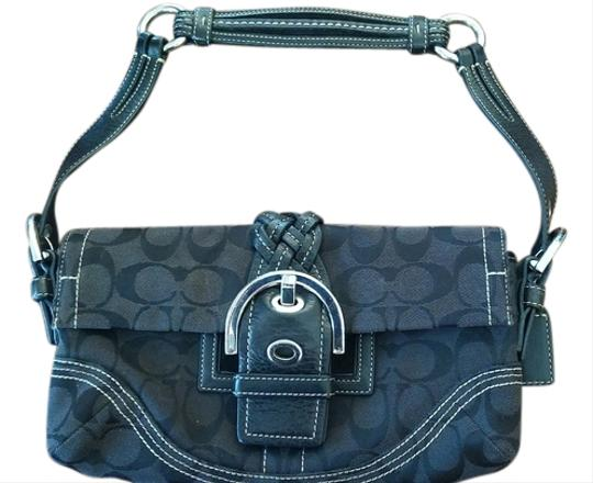 Preload https://item3.tradesy.com/images/coach-no-l05q-6280-classic-fabric-with-leather-trim-shoulder-bag-10498342-0-1.jpg?width=440&height=440