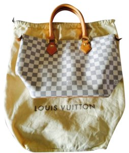 Louis Vuitton Tote in White