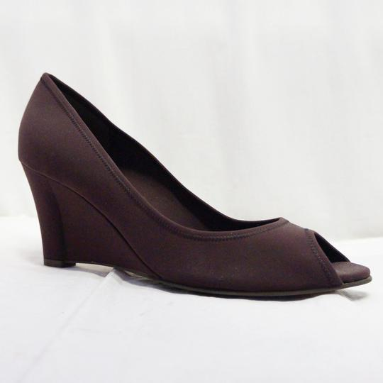 Salvatore Ferragamo New Neoprene Peep Toe Pumps Heels Size 9 Brown Wedges