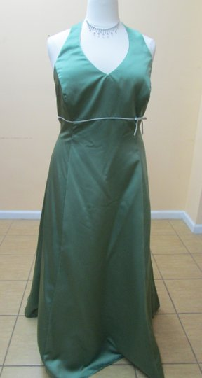 Alfred Angelo Clover / Lettuce Satin 6499w Modern Bridesmaid/Mob Dress Size 26 (Plus 3x)