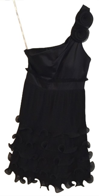 Preload https://item5.tradesy.com/images/phoebe-couture-black-short-cocktail-dress-size-2-xs-10501639-0-1.jpg?width=400&height=650