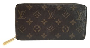 Louis Vuitton Louis Vuitton Monogram Canvas Zippy Zip Around Wallet