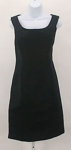 Ellen Tracy Sleeveless Form Fitting Short B263 Dress