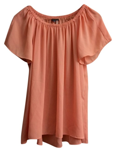 Preload https://item1.tradesy.com/images/vince-camuto-peachcoral-blouse-size-0-xs-10503640-0-1.jpg?width=400&height=650