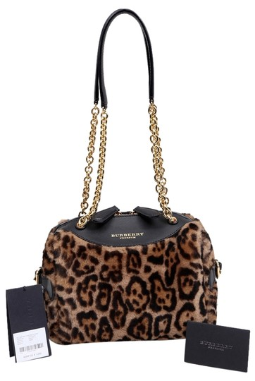 Preload https://item2.tradesy.com/images/burberry-animal-prorsum-mini-bee-genuine-shearling-and-leather-shoulder-bag-10505806-0-1.jpg?width=440&height=440