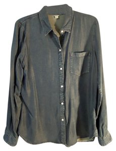 Fossil Soft Denum Button Down Shirt blue chambray