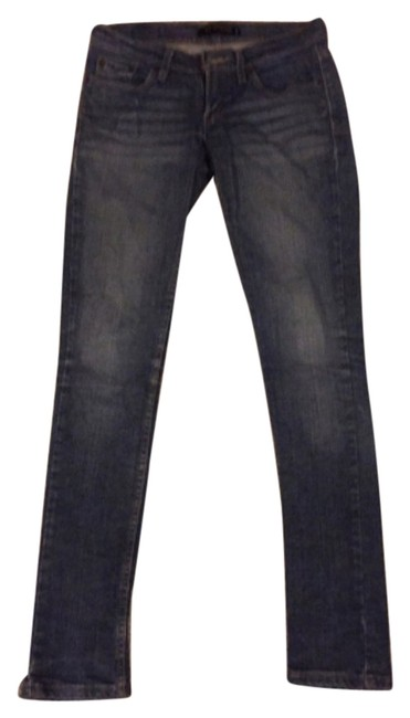 Preload https://item4.tradesy.com/images/levi-s-skinny-jeans-size-25-2-xs-10508338-0-1.jpg?width=400&height=650