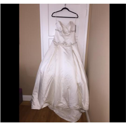 Kirstie Kelly Satin Poly C1204 Traditional Wedding Dress Size 8 (M)
